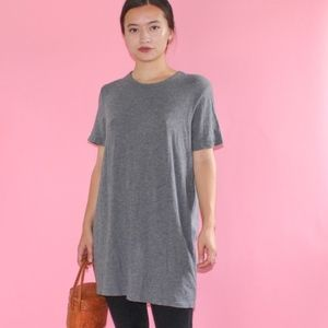 (102) TNA Artiza Casual Long Cool Tee